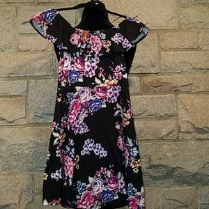 💎Girl's Size 7/8  Floral Dress New